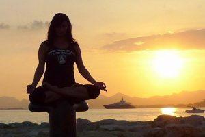 share-riviera-azure-yoga-3