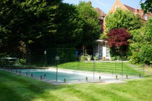 share-riviera-Glass Pool Fencing1